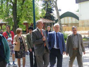 Tarlós István főpolgármester és Prof. dr Persányi Miklós a Holnemvolt Park megnyitóján
